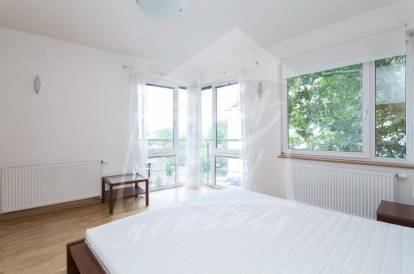 2 bedrooms, Prague 2, Vinohrady, street: Nad Petruskou