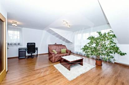 2 bedrooms, Prague 14, Kyje, street: Broumarská